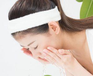 肌の老化を防ぐ洗顔方法